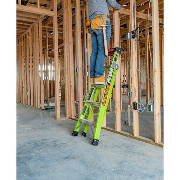 Ladder King Kombo Leaning